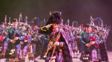 8 Wing Pipes & Drums